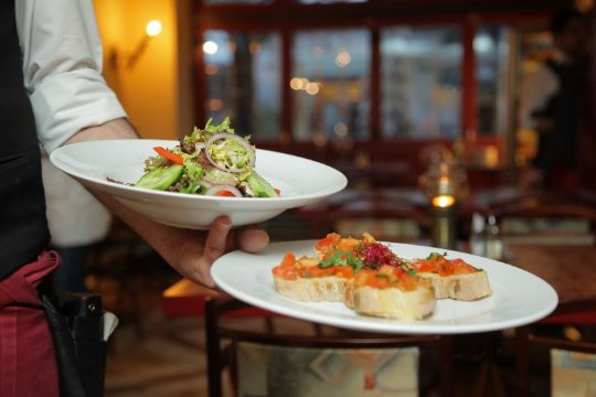 Kendte restauranter gav overskud