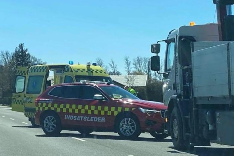 Chauffør fik bøde efter trafikuheld