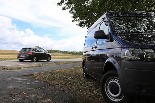 Fartbøder på vej til 13 bilister