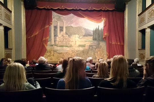 Teaterforening har solgt 2.500 billetter