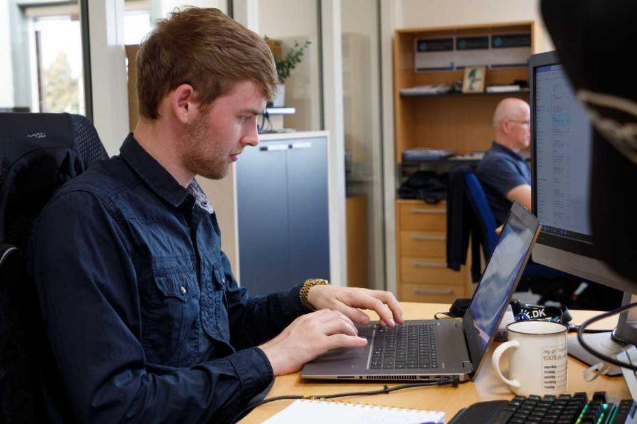 JF Data tiltrækker unge IT-talenter
