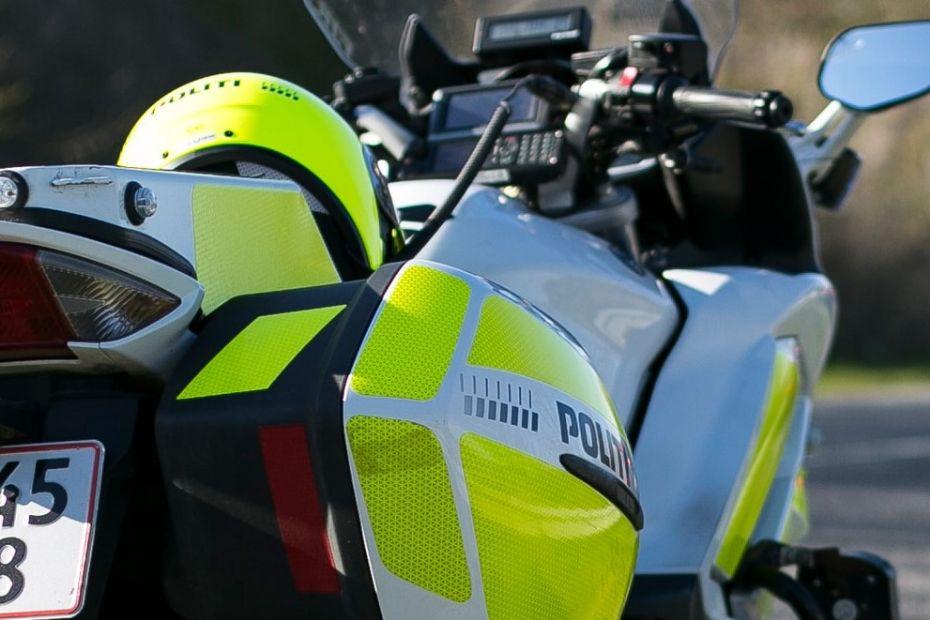 Politiet: Fem sigtet ved kontrol ved skole