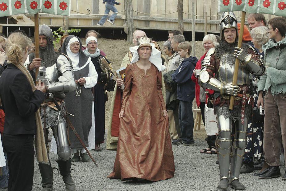 Flot dronningekjole vises ved filmevent i Rønne