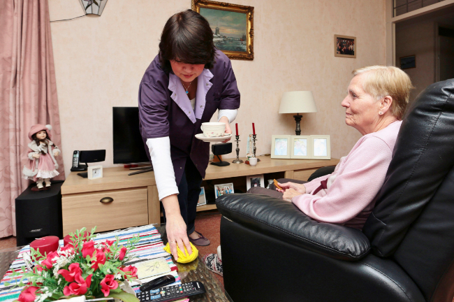 BRK vil skaffe personale til ældrepleje fra Baltikum