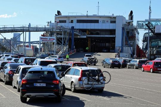 Færre passagerer og biler på Ystadruten